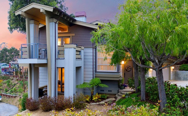 301 El Granada Boulevard, Outside Area (Inside Ca), CA 94018