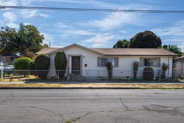 9001 D Street, Oakland, CA 94603