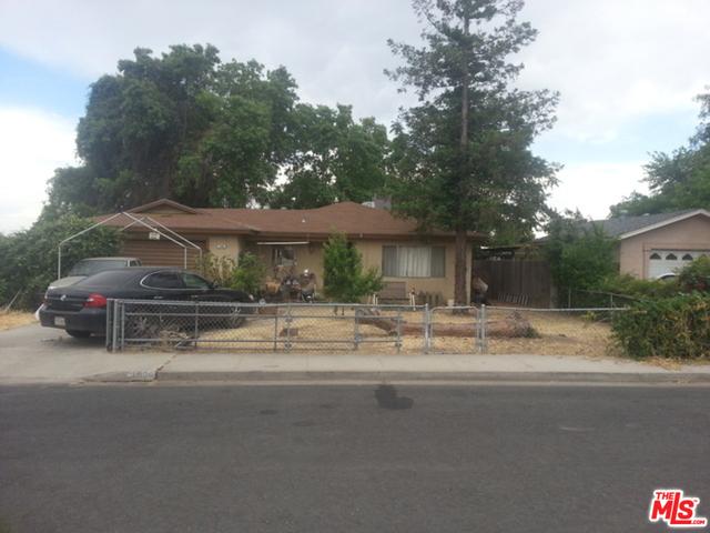 1996 E Terrace Drive, Dinuba, CA 93618