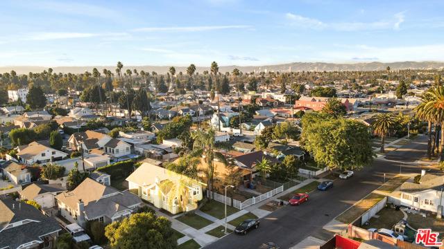 Image 33 of 4147 S Van Ness Ave, Los Angeles, CA 90062