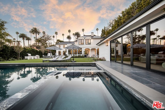 610 N Canon Drive, Beverly Hills, CA 90210