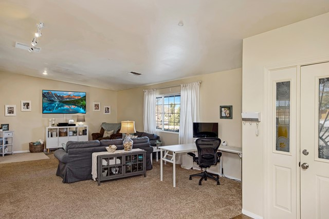 6. 8628 San Vicente Drive Yucca Valley, CA 92284