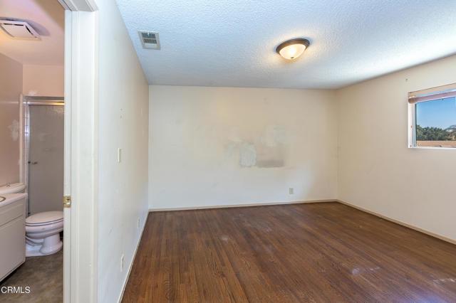 Image 14 of 1617 Susan Dr, Thousand Oaks, CA 91320