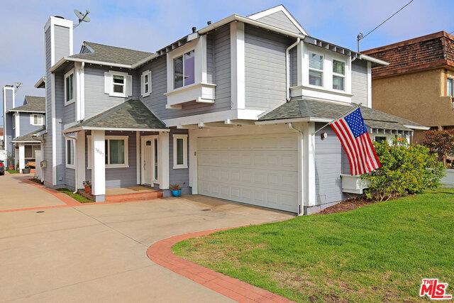 1807 CLARK Lane A, Redondo Beach, California 90278, 3 Bedrooms Bedrooms, ,3 BathroomsBathrooms,For Sale,CLARK,18304042
