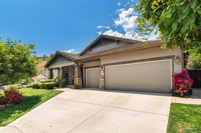 351 Oak Valley Lane, Escondido, CA 92027