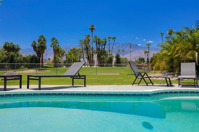2223 S Brentwood Drive, Palm Springs, CA 92264
