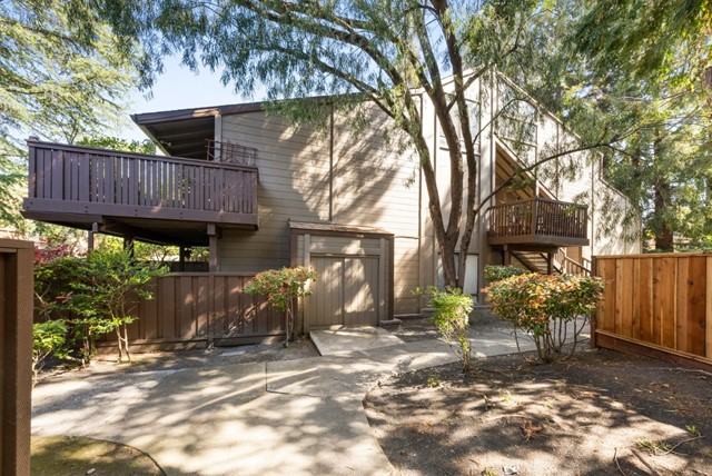 29. 2040 Middlefield Road #24 Mountain View, CA 94043