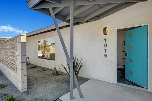 1015 Buena Vista Drive, Palm Springs, CA 92262