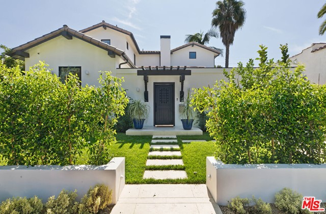 9014 Dorrington Avenue, West Hollywood, CA 90048