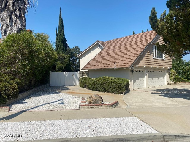 4. 469 Arcturus Street Thousand Oaks, CA 91360