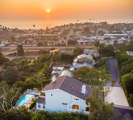 380 Dollimore Road, Encinitas, CA 92024