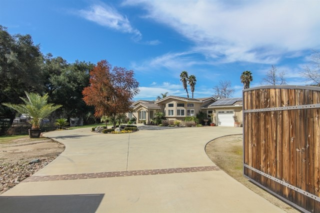 27032 Cool Water Ranch Rd, Valley Center, CA 92082