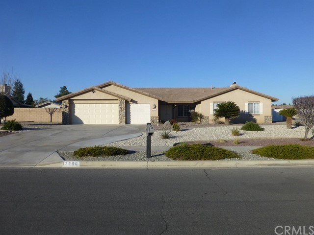 12296 Sedona Road, Apple Valley, CA 92308