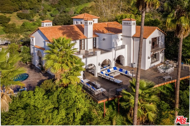 2819 Coldwater Canyon Drive, Beverly Hills, CA 90210