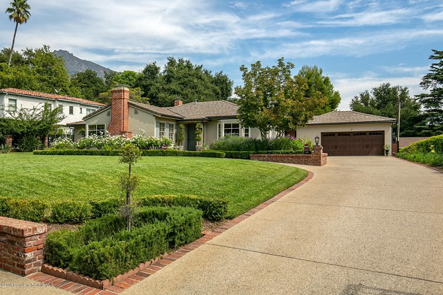 2052 Midlothian Drive, Altadena, CA 91001