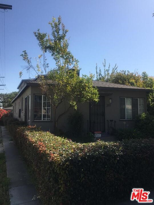 Easy and low maintenance, Ready to go 4 unit building on a tree lined street in prime city of Santa Monica. Perfect property for an investors portfolio or an owner-user. Approx 5,600 sq ft lot, zoned SMR2* lot on a triple corner lot allows for great future redevelopment opportunities. Property consists of three 1 bed 1 bath downstairs and a 2 bed 1 bath upstairs which would be ideal for an owner-user. Two of the 1 bed and the 2 bedroom unit have been remodeled with new finishes including newer bathrooms, fixtures & flooring, private patios/yards, fresh paint, newer stainless steel appliances and other upgrades. Larger lot allows for ample parking, two 2 car garages and an additional parking space (5 spaces total) off street. Some units with laundry inside. All units separately metered for gas and electric, keeping landlord expenses low. Mature landscaping and fruit trees all around property. Two of the 1 beds are occupied and one 1 bed and the 2 bed units are vacant. Vacant units rents are projected and are the current asking lease amounts. Vacant units can be shown to serious parties. Vacant units will be shown upon an accepted offer. Seller must sell.