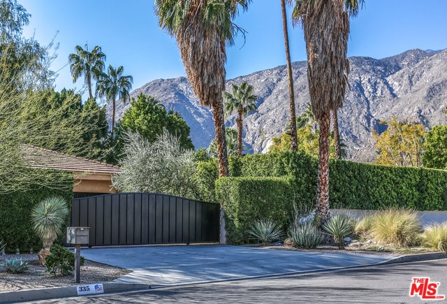 335 W VISTA CHINO, Palm Springs, CA 92262