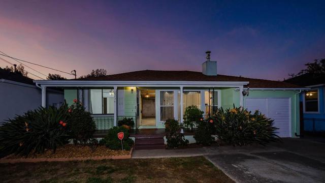823 8th Avenue, Redwood City, CA 94063