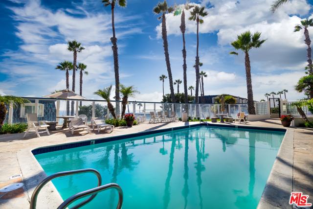 Image 32 of 11948 Whitewater Ln, Malibu, CA 90265