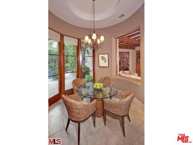 413 BRISTOL Avenue, Los Angeles, California 90049, 6 Bedrooms Bedrooms, ,Single Family Residence,For Sale,BRISTOL,13664211
