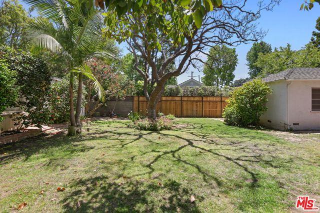 530 Avondale Av, Los Angeles, CA 90049 Photo 35