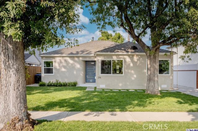 216 S Beachwood Drive, Burbank, CA 91506