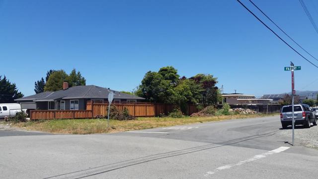 495 Filbert Street, Half Moon Bay, CA 94019