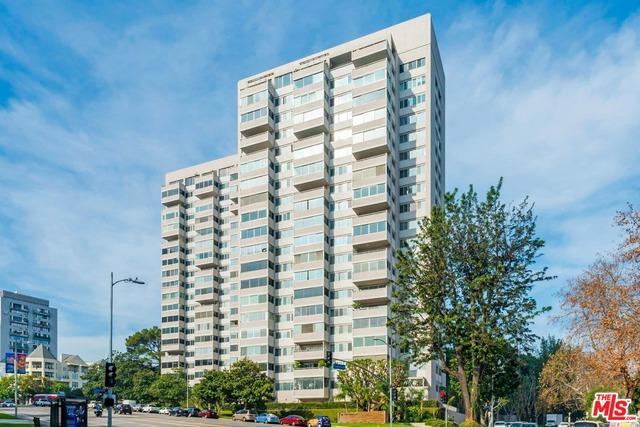875  COMSTOCK Avenue