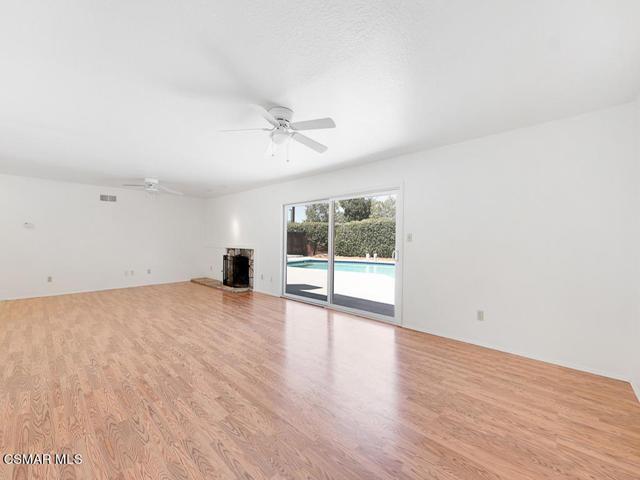 10. 187 Teasdale Street Thousand Oaks, CA 91360