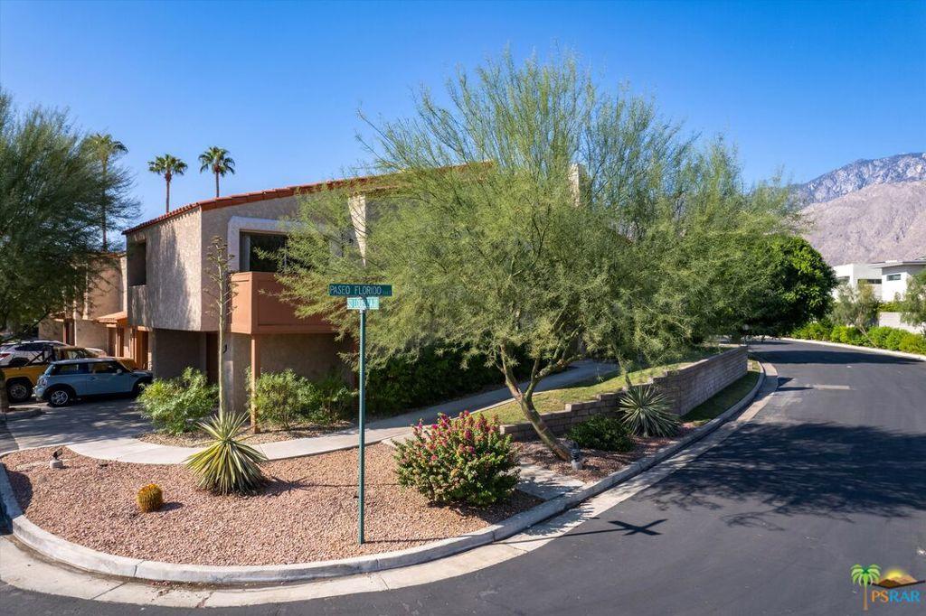 211   S Louella Road, Palm Springs CA 92262