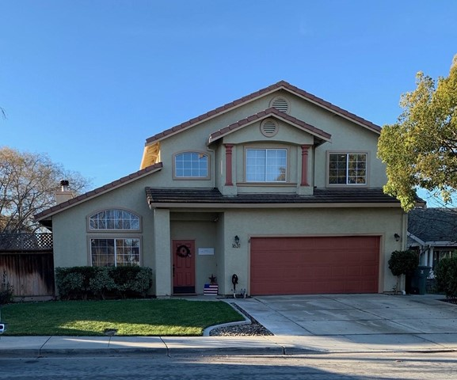 1631 Brighton Drive, Hollister, CA 95023