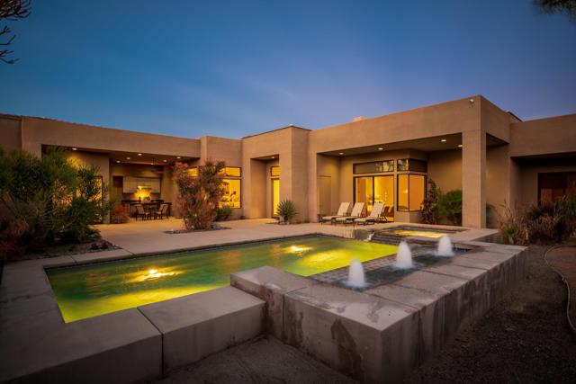 29 Sun Ridge Circle, Rancho Mirage, CA 92270
