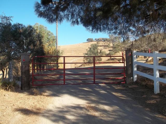 19370 Water Canyon Road, Tehachapi, CA 93561