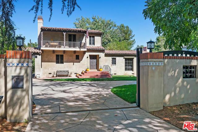 Photo of 13123 Chandler Boulevard, Sherman Oaks, CA 91401