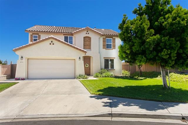 233 Petunia Ct, San Marcos, CA 92069