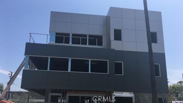 Photo of 130 W Eulalia Street, Glendale, CA 91204
