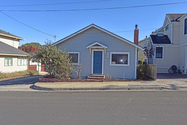 147 Monterey Avenue, Pacific Grove, CA 93950