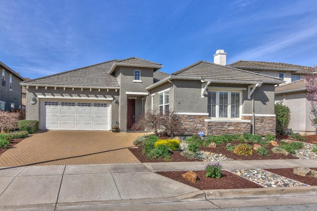 9737 Laredo Way, Gilroy, CA 95020