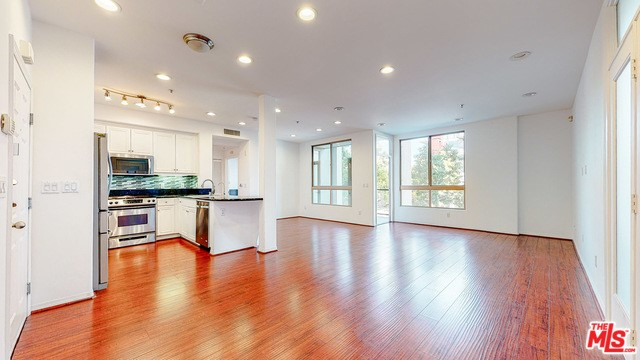 13044 Pacific Promenade, Playa Vista, CA 90094 Photo 15