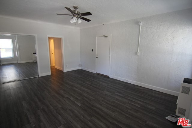 407 S GRAMERCY Place 103, Los Angeles, CA 90020