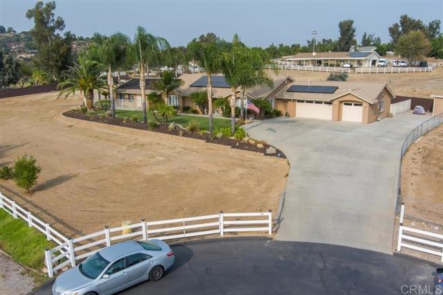 789 Sunny Hills Ct, Ramona, CA 92065