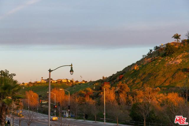 12659 W Bluff Creek, Playa Vista, CA 90094 Photo 22