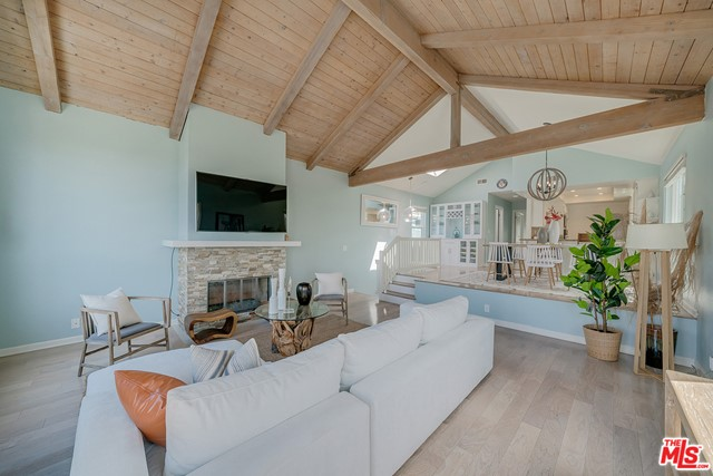 1830 Rhodes Street, Hermosa Beach, California 90254, 3 Bedrooms Bedrooms, ,1 BathroomBathrooms,For Sale,Rhodes,20620110