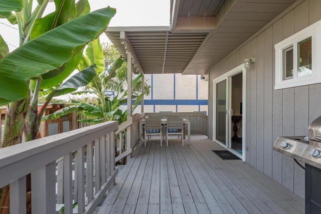 018_18-Back Porch