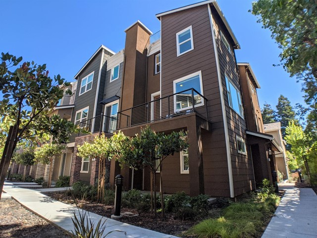 321 Charles Morris Terrace, Sunnyvale, CA 94085