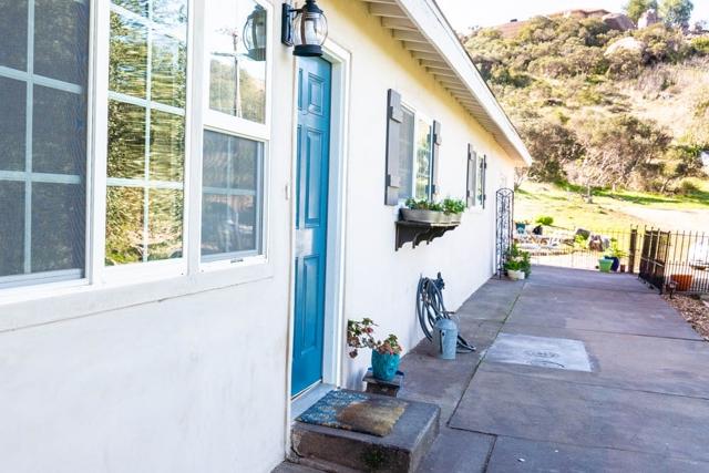 1823 Lilac Ln, Alpine, CA 91901