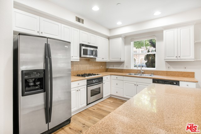 13080 Pacific Promenade, Playa Vista, CA 90094 Photo 12