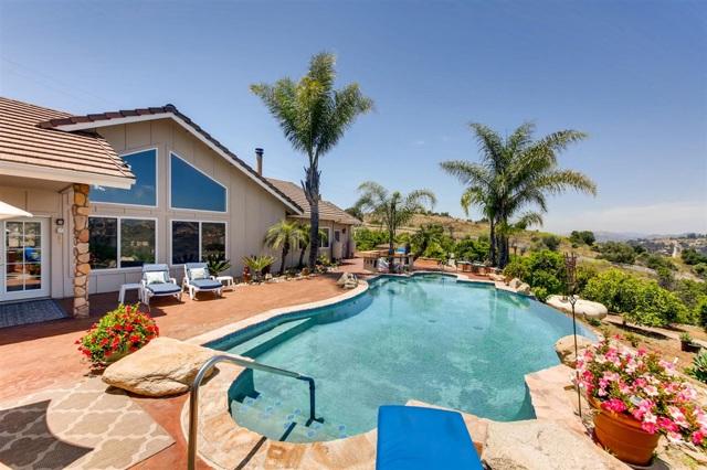 30415 Bella Linda, Valley Center, CA 92082