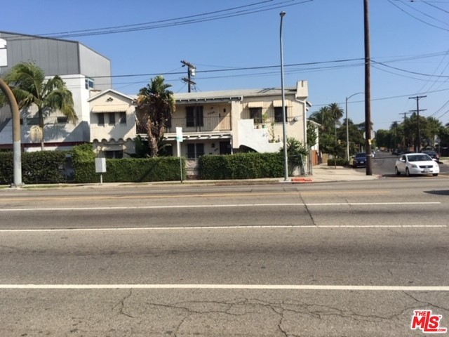 2664 S LA BREA Avenue, Los Angeles, CA 90016