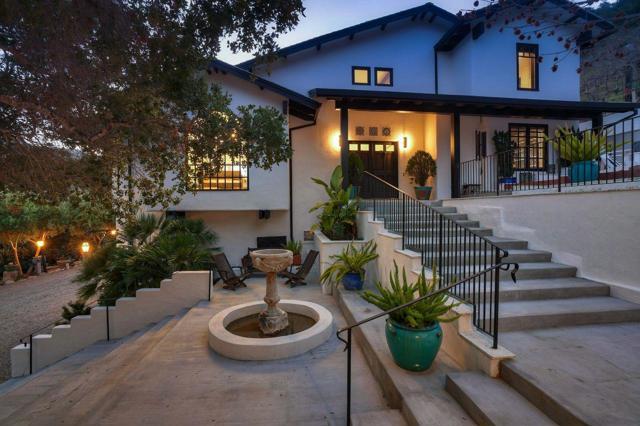 250 Calle De Los Agrinemsors, Carmel Valley, CA 93924